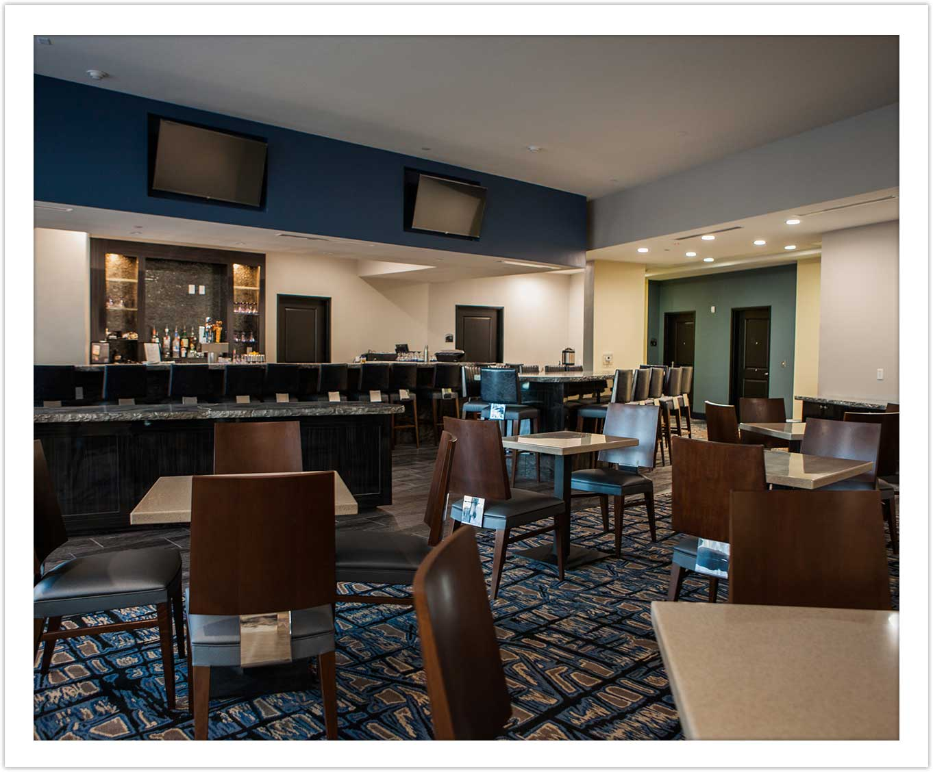 Bar and Dining Space at Arbor Hotel and Conference Center Lubbock Texas