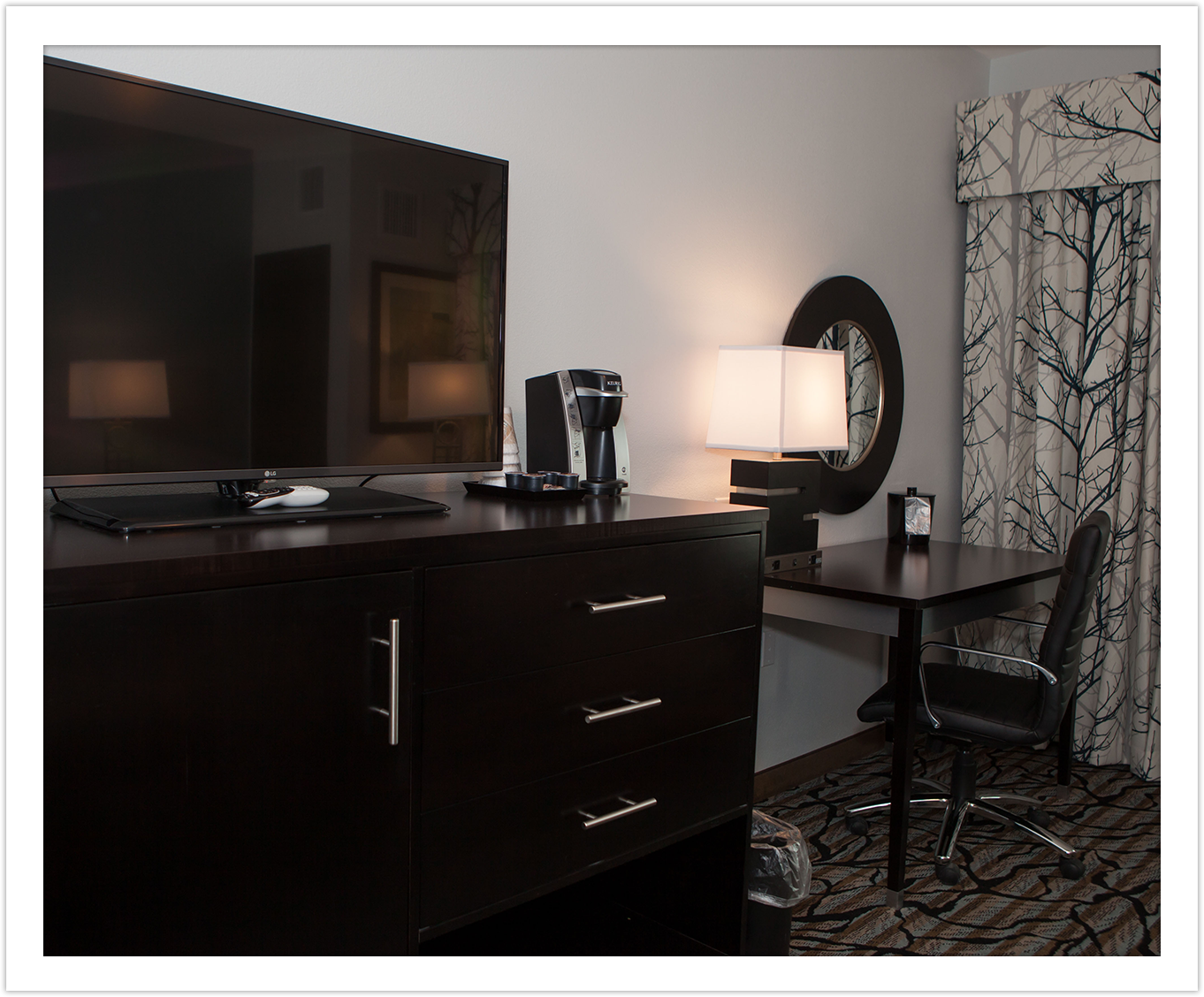 Business Amenities Desk at Arbor Hotel & Conference Center